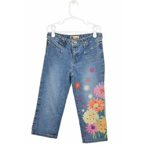 Faded Glory Medium Wash Capris With Flowers